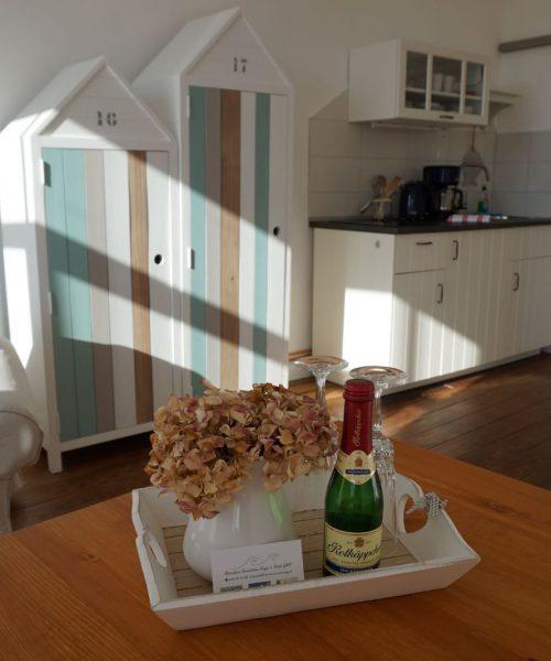 Ferienwohnung Elena in Warnemünde Wohnzimmer Ansicht 2