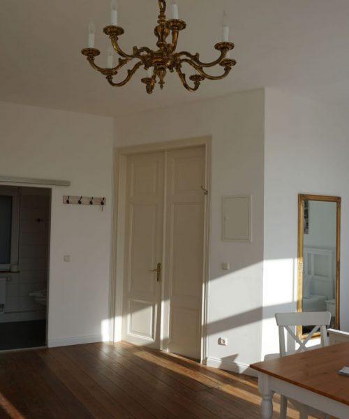 Ferienwohnung Elena in Warnemünde Wohnzimmer Ansicht 3